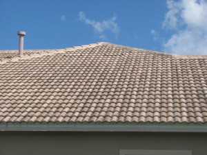 Our home inspections staff does a thorough inspection of your roof.